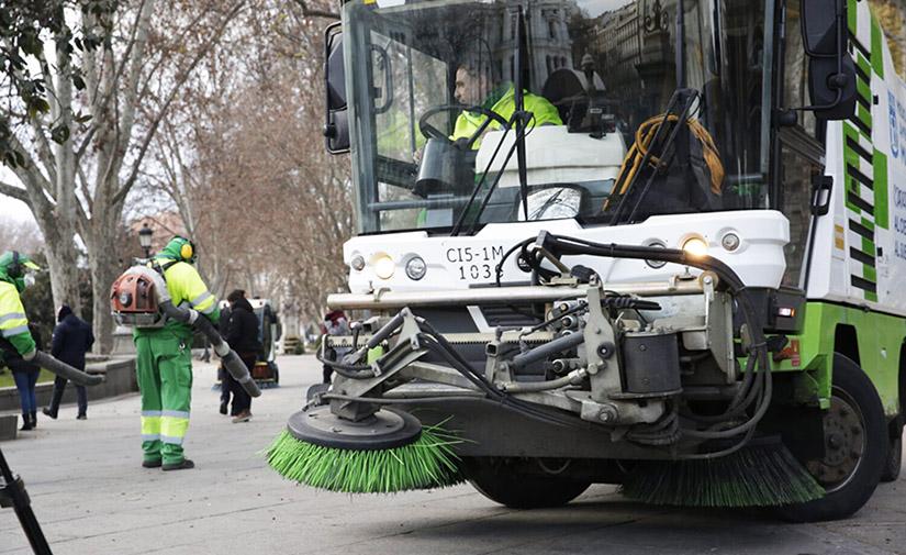 Los nuevos contratos de limpieza de Madrid contemplan un 45 % más de presupuesto