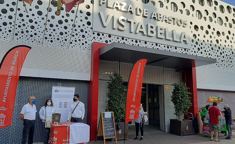 Murcia busca impulsar la recogida de residuos orgánicos entre los comerciantes de las plazas de abastos del municipio