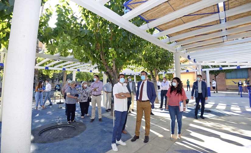 Murcia estrena una renovada pérgola de 375 m2 en el barrio de La Paz