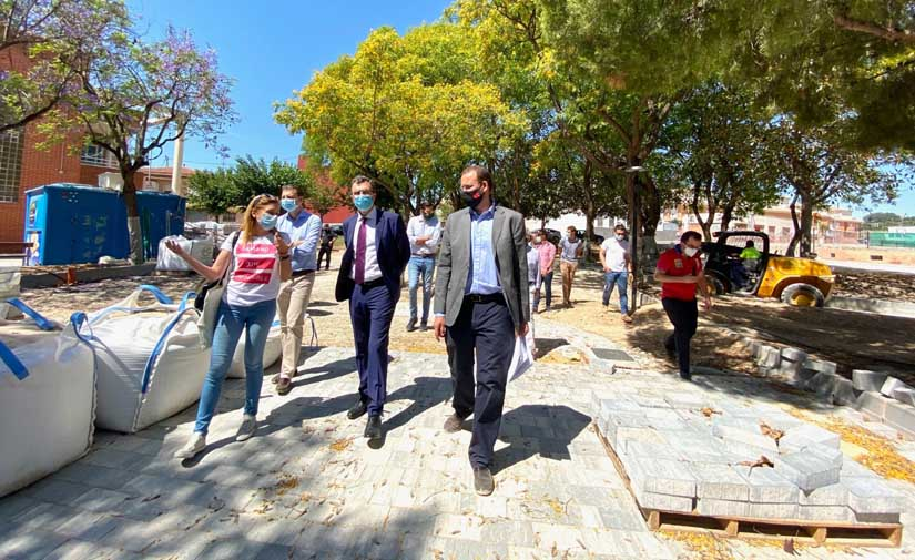 Murcia estrenará el parque Libertad con un merendero rodeado de 150 árboles y una pérgola de 200 m2 a finales de mes