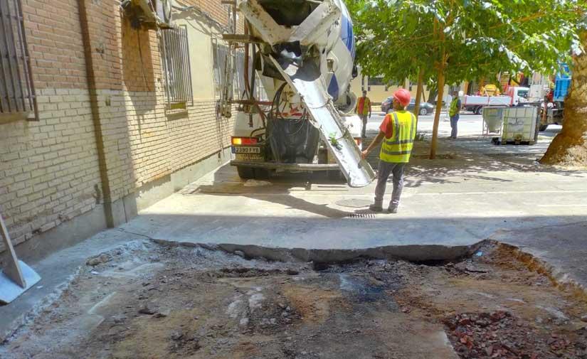 Murcia realiza más de 1.000 actuaciones de mantenimiento en aceras, calzadas y áreas peatonales de la ciudad