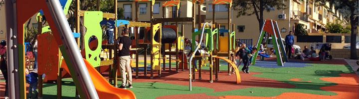 Entra en servicio el nuevo parque infantil de la plaza de La Legión de Alhaurín de la Torre