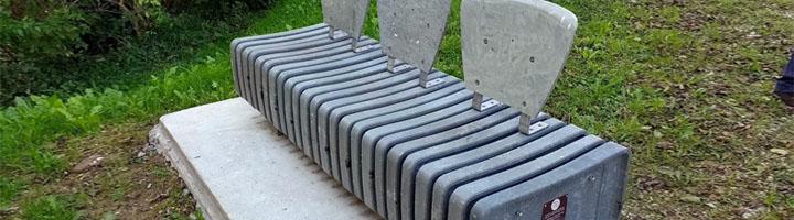 Cantabria amplía su mobiliario urbano fabricado con cápsulas de café de plástico recicladas