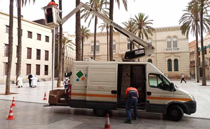 Nuevas luminarias en la Plaza de la Catedral de Almería
