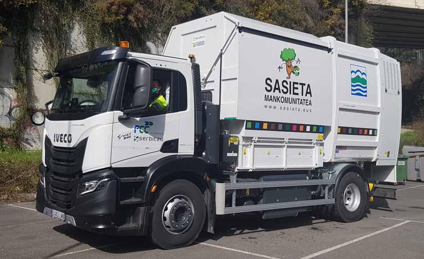 Nuevo camión lavacontenedores en la Mancomunidad Sasieta