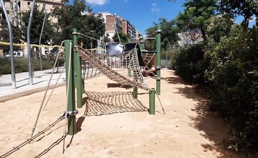 Nuevo espacio de juego singular en la avenida Meridiana de Barcelona