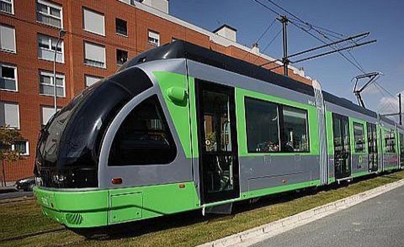 Nuevo paso para hacer llegar el tranvía a Salburua, Vitoria