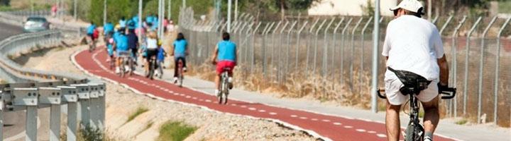 Fomento construye 48,2 nuevos kilómetros de carriles bici acogidos al Plan Andaluz de la Bicicleta