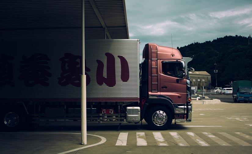 Rediseñar la logística y flotas menos contaminantes para reducir costes y emisiones a la mitad