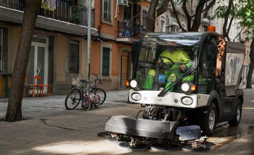 Refuerzo de la limpieza en el distrito barcelonés de Ciutat Vella