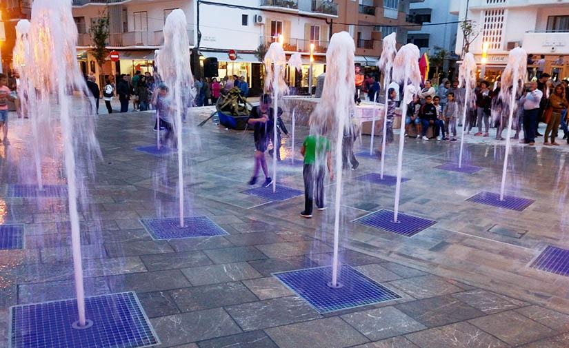 Water Light Tech rehabilita la Plaza Isidord Macabich en Santa Eulalia del Rio, Ibiza