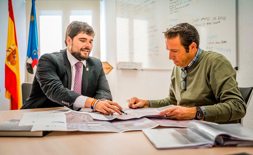 Roquetas avanza en su plan para la renovación del alumbrado de la ciudad