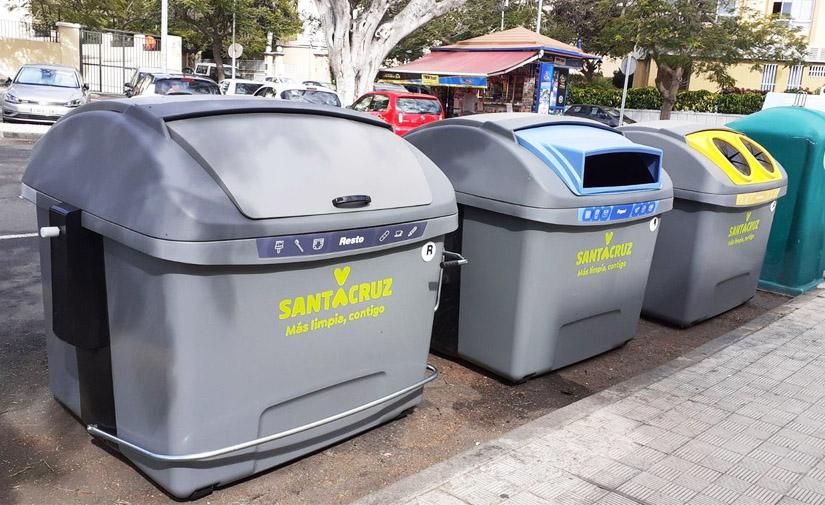Santa Cruz de Tenerife ya ha renovado más de 2000 contenedores de residuos