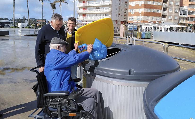 Sanxenxo pone en funcionamiento los nuevos contenedores del puerto deportivo