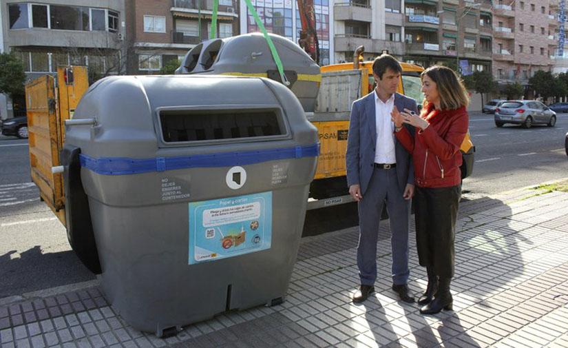 Sevilla acomete la renovación integral de los contenedores de Ronda Histórica apostando por un nuevo modelo
