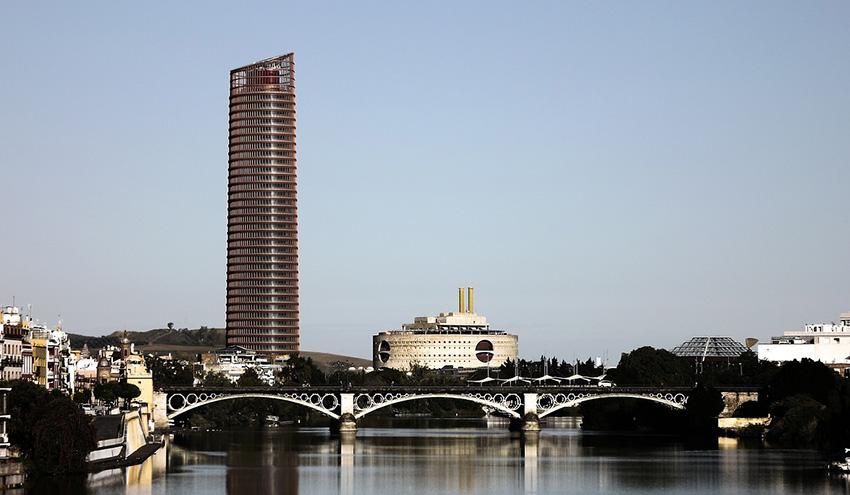 Sevilla aprobará en mayo la convocatoria de selección de empresas para el servicio de alquiler de patinetes