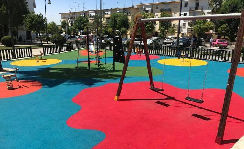 Alcalá de Guadaira amplía su red de parques infantiles con más de 5.000 metros cuadrados