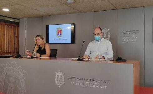 Alicante aprueba ampliar el contrato de limpieza y recogida de residuos