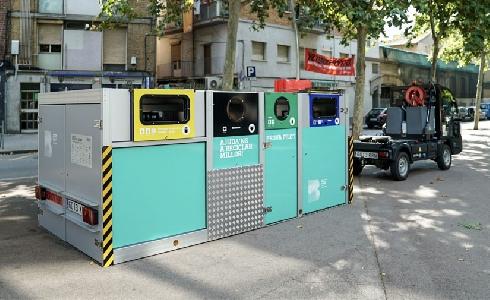 Barcelona amplía la prueba piloto con plataformas móviles de recogida selectiva