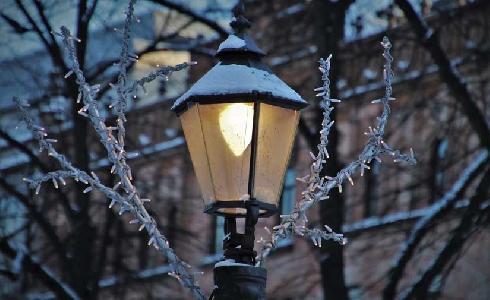 Castellón aprueba la renovación de casi 24.000 luminarias en los seis distritos de la ciudad