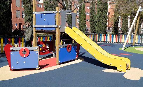 Cuenca licita el contrato para de mantenimiento de parques infantiles