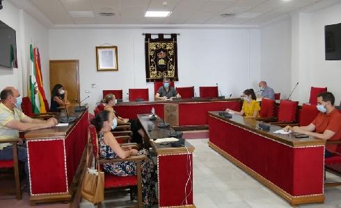 El Ayuntamiento de Adra destina 30.000 euros a renovar una treintena de contenedores de residuos sólidos