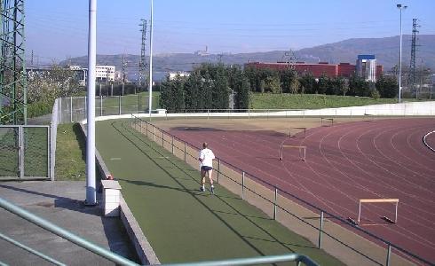 El Ayuntamiento de Bilbao comienza las obras de renovación del polideportivo de Zorrotza