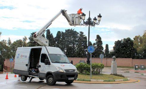 El Ayuntamiento de Estepona renueva todo su alumbrado público