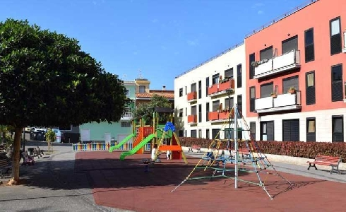 El Ayuntamiento de La Laguna invierte 30.000 euros en la renovación del parque de los Jardines de Tejina
