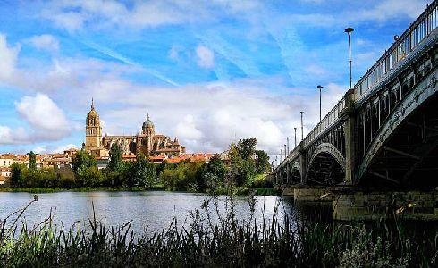 Salamanca invierte en mejoras en accesibilidad, jardines, juegos infantiles y pistas deportivas
