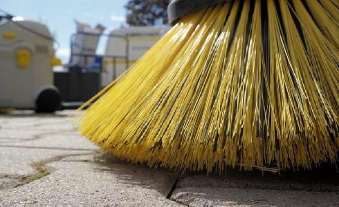 El Ayuntamiento de València presenta un paquete de medidas para mejorar los servicios de limpieza y de recogida de residuos