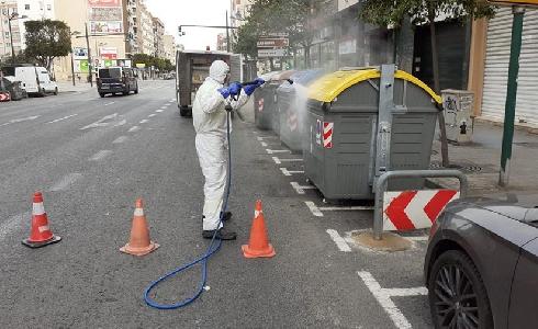 El Ayuntamiento de València realiza más de 70.000 desinfecciones de contenedores de residuos