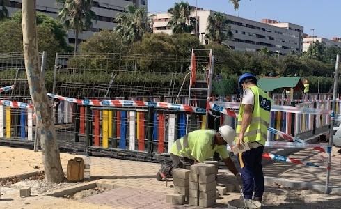 El nuevo espacio público de la calle Cristo del Amor será un referente de la barriada de Isla Chica, para unir Yáñez Pinzón y El Rocío