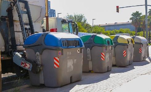 El proceso de adjudicación del nuevo contrato de limpieza y recogida de residuos de Barcelona encara su recta final