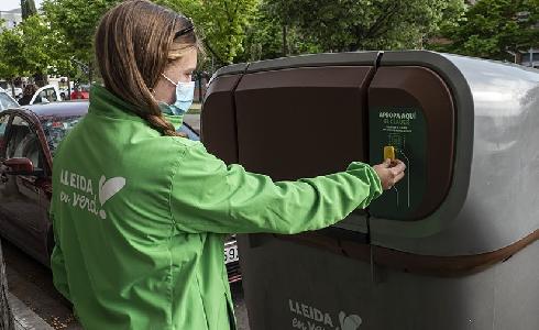 El reciclaje de residuos en varias zonas de Lleida alcanza el 70% con la puesta en marcha de la recogida puerta a puerta