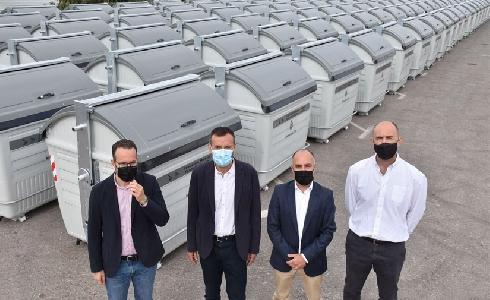 Elche incorpora 500 nuevos contenedores metálicos más eficientes, sostenibles y de mayor capacidad