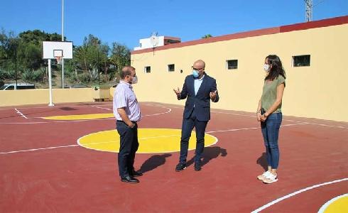 Finaliza en Las Palmas de Gran Canaria la renovación integral de la cancha deportiva de Las Torres