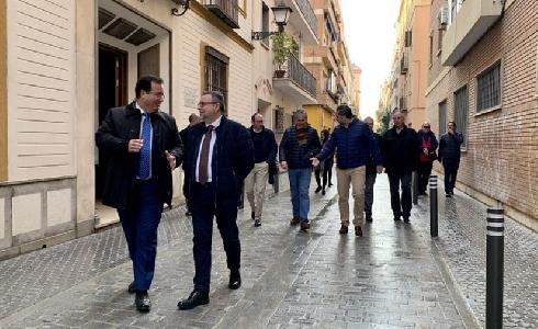 Finaliza la reurbanización de la calle San Vicente de Sevilla