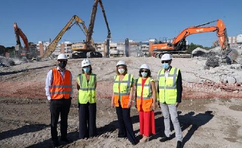 Finalizan las labores de desmontaje del estadio Vicente Calderón en Madrid