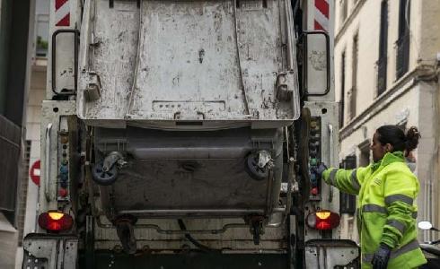 Garantizados los servicios de limpieza y mantenimiento del espacio público en Barcelona