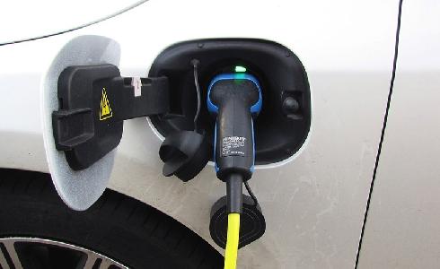 Industria y China EV100 firman un acuerdo para impulsar iniciativas sobre movilidad eléctrica