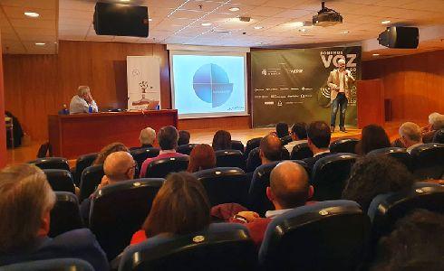La gestión del riego de espacios verdes centra el debate en unas jornadas de la AEPJP