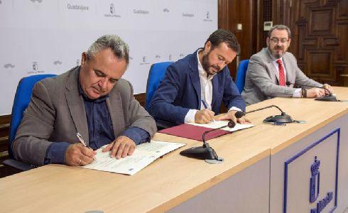 Mancomunidad Vega del Henares firma un convenio de colaboración con la JCCM para impulsar la recogida de residuos orgánicos