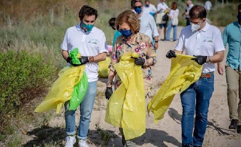 Miles de voluntarios del Proyecto LIBERA eliminan la basuraleza de 1.100 espacios naturales