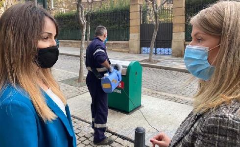 Murcia, primera ciudad de España en aplicar en el mobiliario urbano un producto revolucionario contra la COVID-19