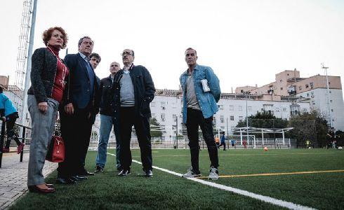 Nuevo campo de césped artificial para el Centro Deportivo Sendai de Sevilla