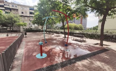 Nuevos juegos de agua accesibles en Canyelles, Barcelona