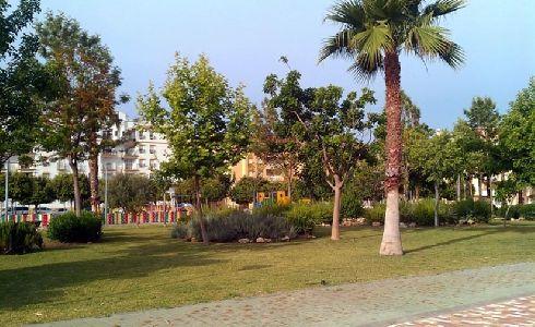Rincón de la Victoria saca a licitación la conservación y mantenimiento de las zonas verdes públicas
