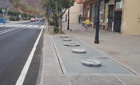 Santa Cruz de la Palma analiza la mejora de la recogida de residuos en los contenedores soterrados de la Avenida Marítima