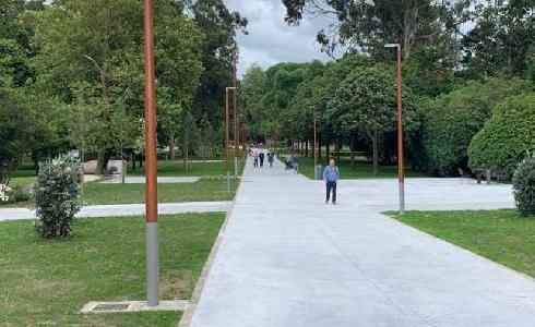 Se abre al uso ciudadano la ampliación que añade 14.000 metros cuadrados al parque de Isabel La Católica de Gijón